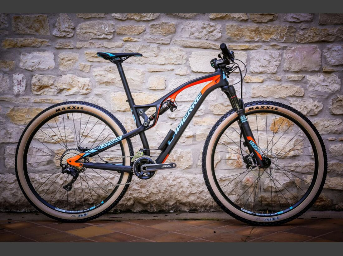 Lapierre-XR-2017_Nuit St George 2016 Thursday-21 (jpg)
