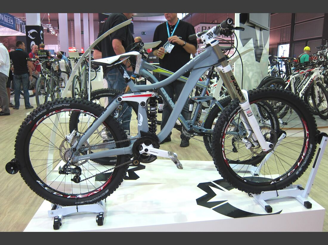 MB-Eurobike-2012-Tag1-1-Conway_DH1 (JPG)