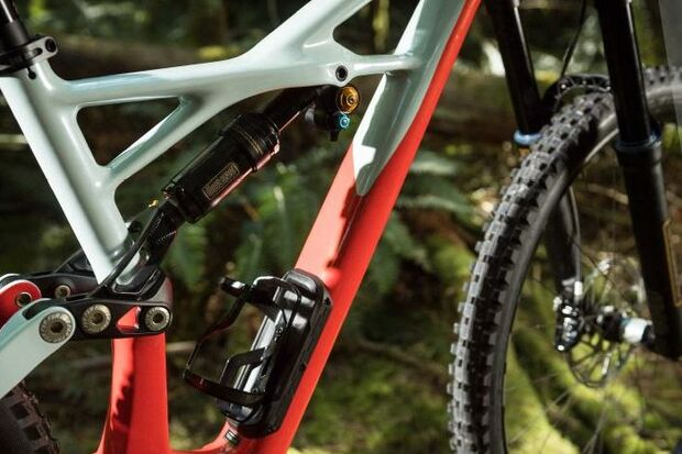 MB Specialized Enduro 2017 SWAT