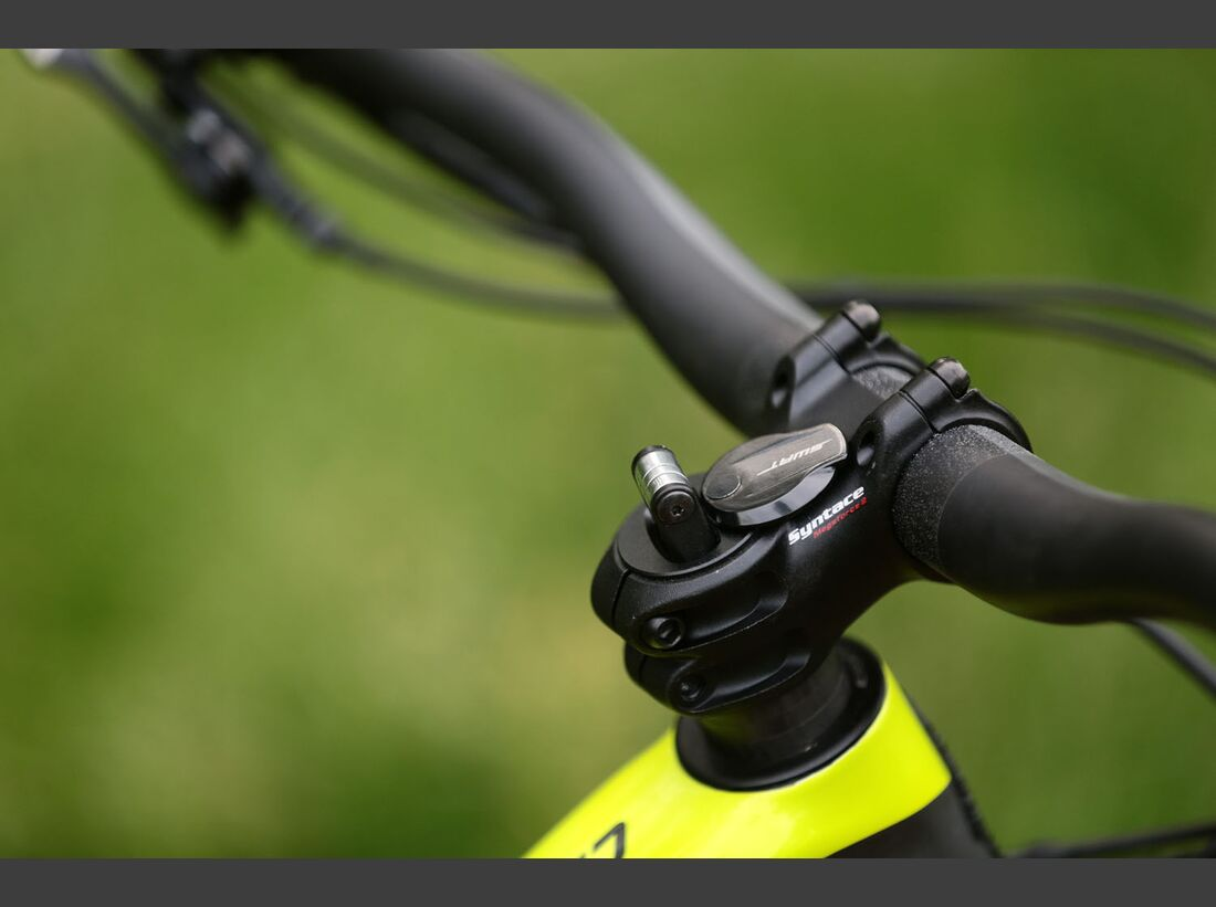 Specialized_Turbo_Levo_Carbon_Product0106 (jpg)